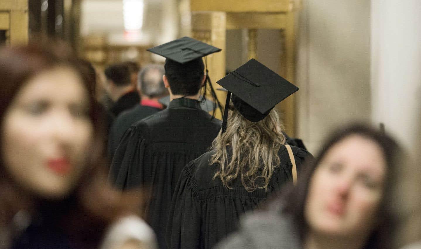 Un étudiant au doctorat qui décroche, c'est un investissement perdu pour notre économie du savoir. Raison de plus pour l'outiller, et au-delà même de ses compétences spécifiques.