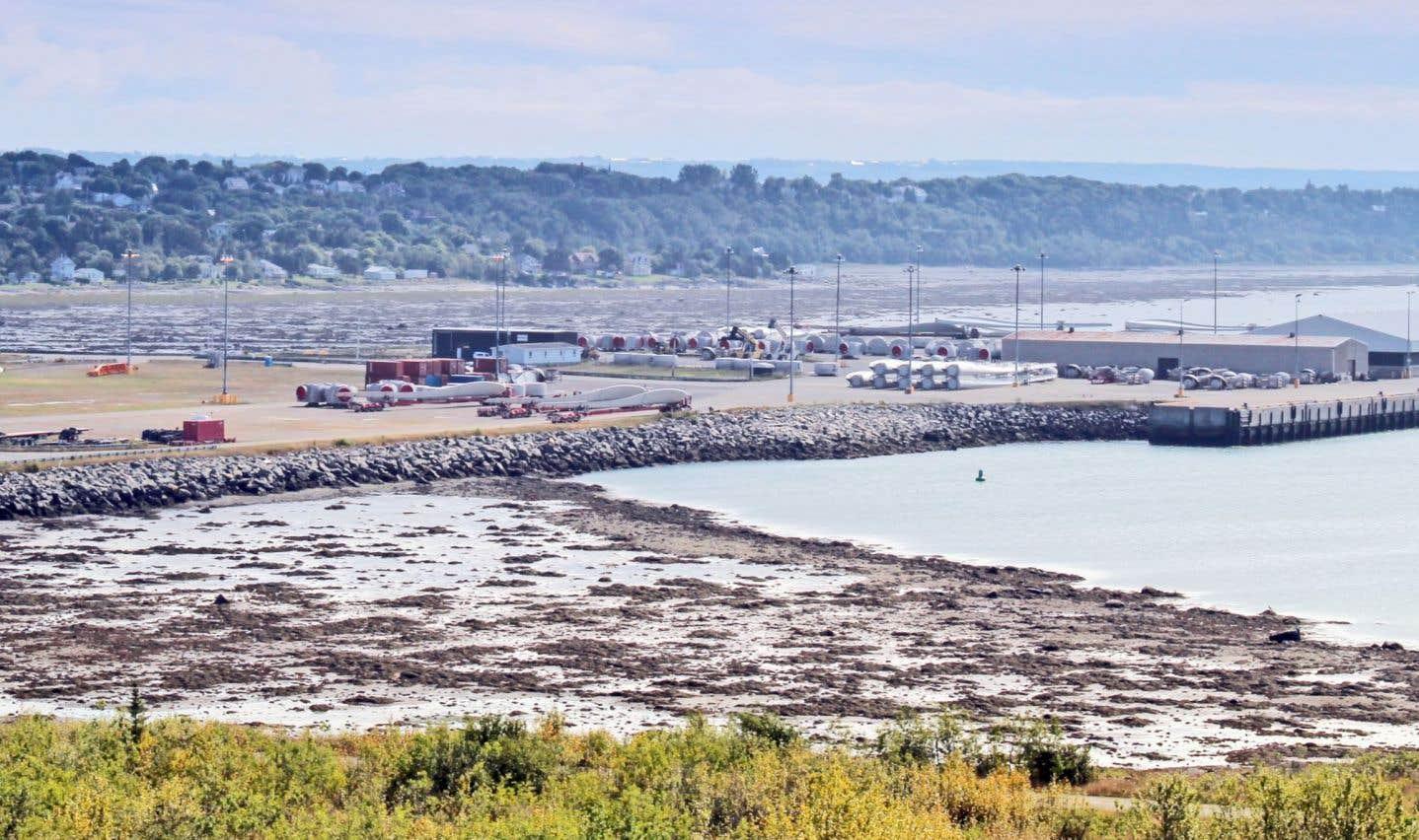 Jusqu'à tout récemment, un projet de port pétrolier devait prendre forme à Cacouna.