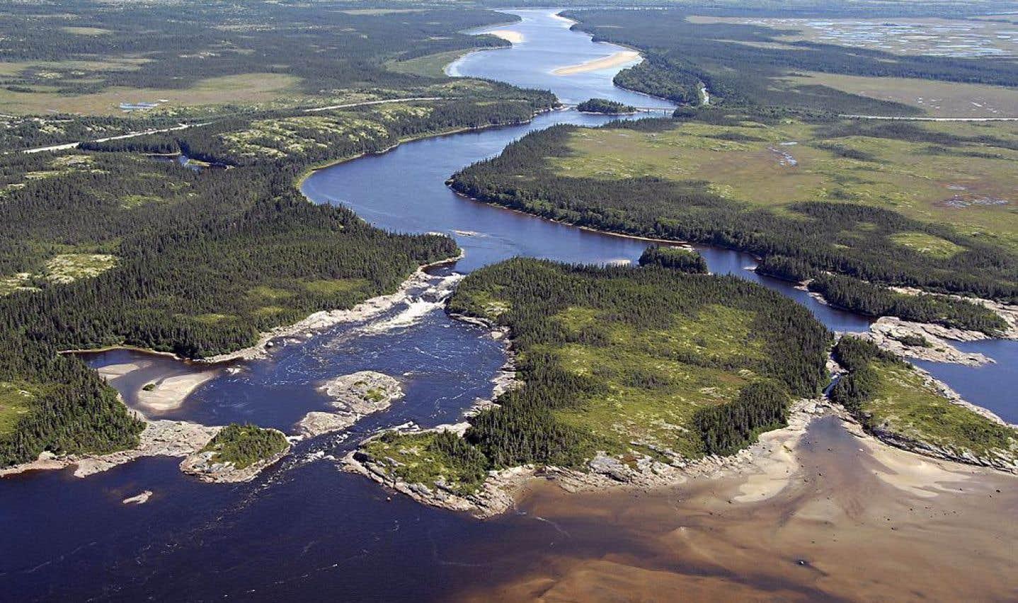 Les surplus d'Hydro-Québec sont une occasion, plaide le ministre Arcand