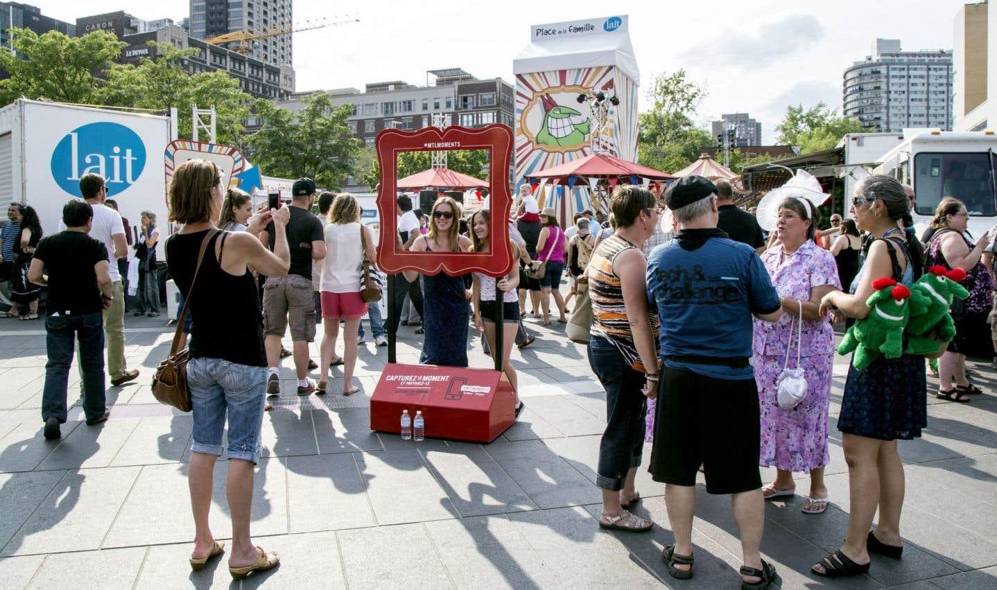 La campagne marketing de Tourisme Montréal autour du mot-clic #mtlmoments invitait les gens à diffuser leurs photos sur les réseaux sociaux.