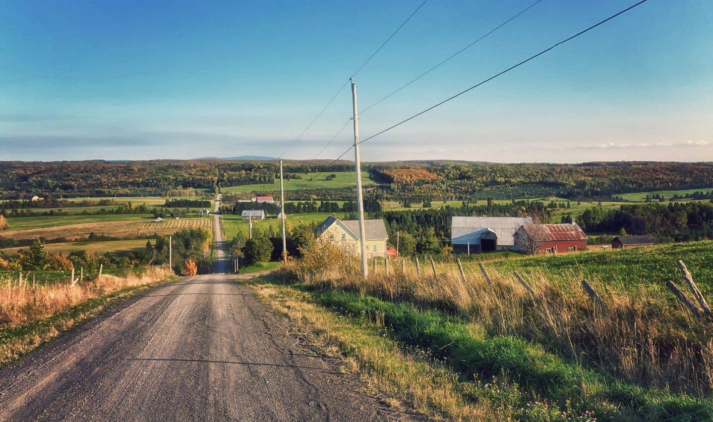 Avec des coupes de financement de l'ordre de 50%, le développement régional peut-il encore se faire? Le ministre Moreau affirme que oui. «Mais de quel développement parle-t-on?», demande Claire Bolduc, présidente de la coalition Solidarité rurale du Québec.