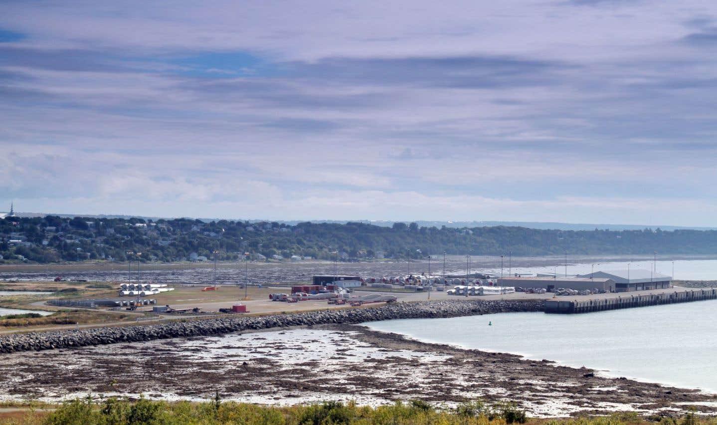 Québec veut développer le port de Cacouna