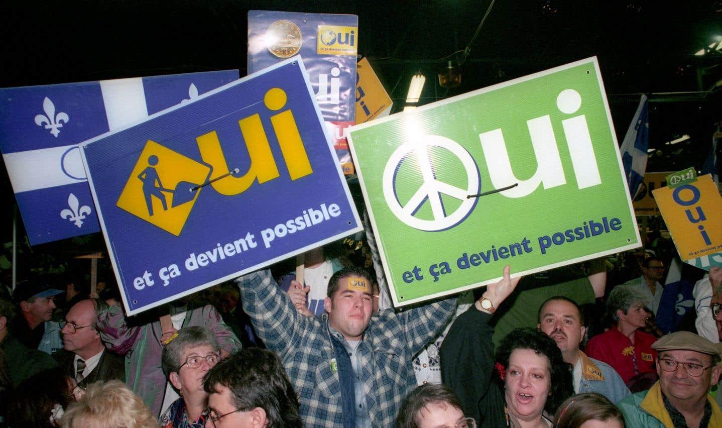 En 1995, les Québécois sont invités à se prononcer pour la deuxième fois sur l'indépendance du Québec après l'échec du référendum de 1980.