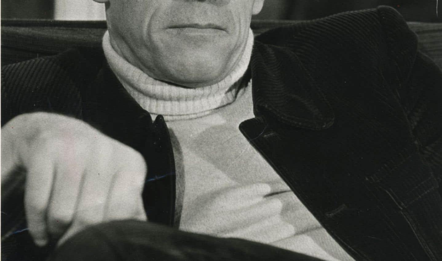 Michel Foucault sur papier bible