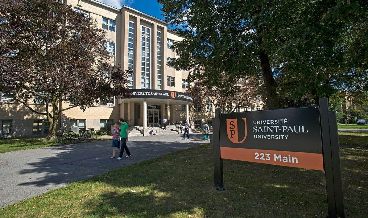 L'Université Saint-Paul s'intéresse aux enjeux contemporains qui touchent l'êtrehumain et son avenir.