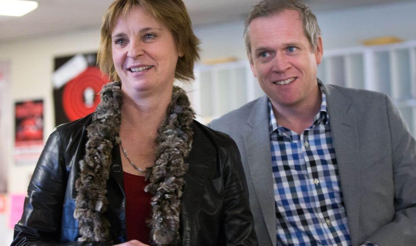 Luce Julien, rédactrice en chef, et Brian Myles, directeur du Devoir