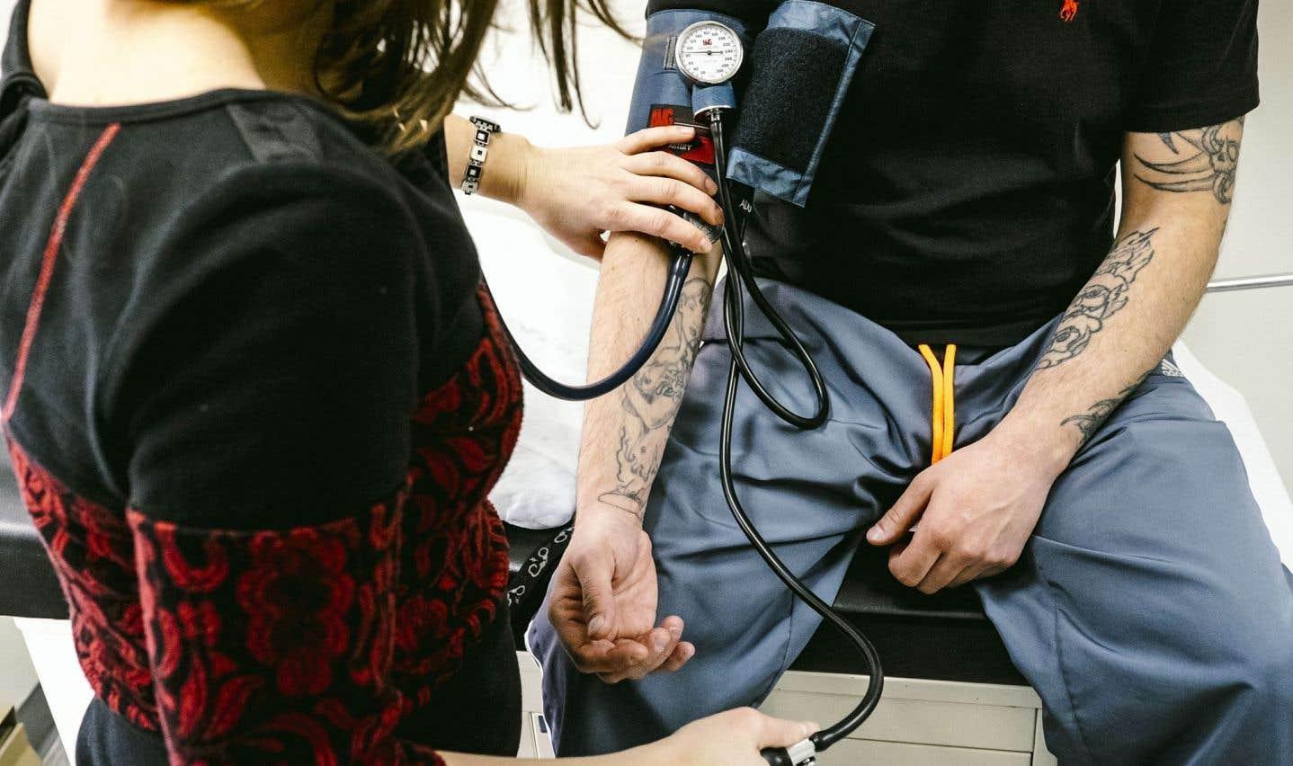 Appel à l'aide pour la clinique sans médecin