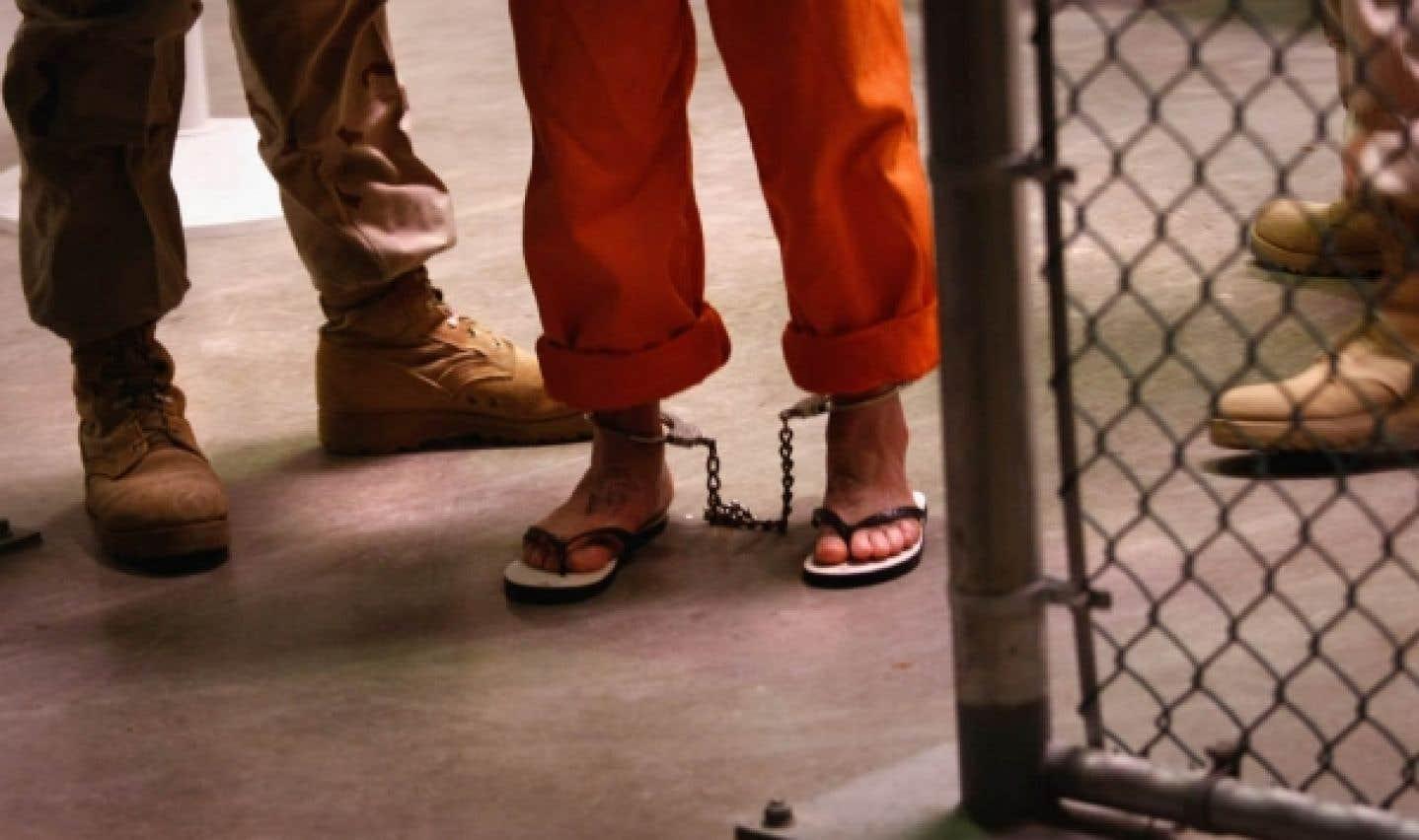 Douze détenus de Guantànamo quittent la prison