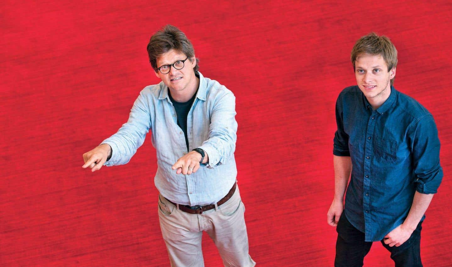 Le metteur en scène Dominic Champagne et son fils aîné, Jules, discutent identité québécoise et rapport à la souveraineté.