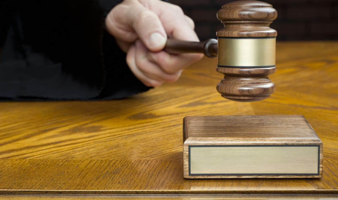 La Cour suprême établit un plafond aux délais de procédures judiciaires