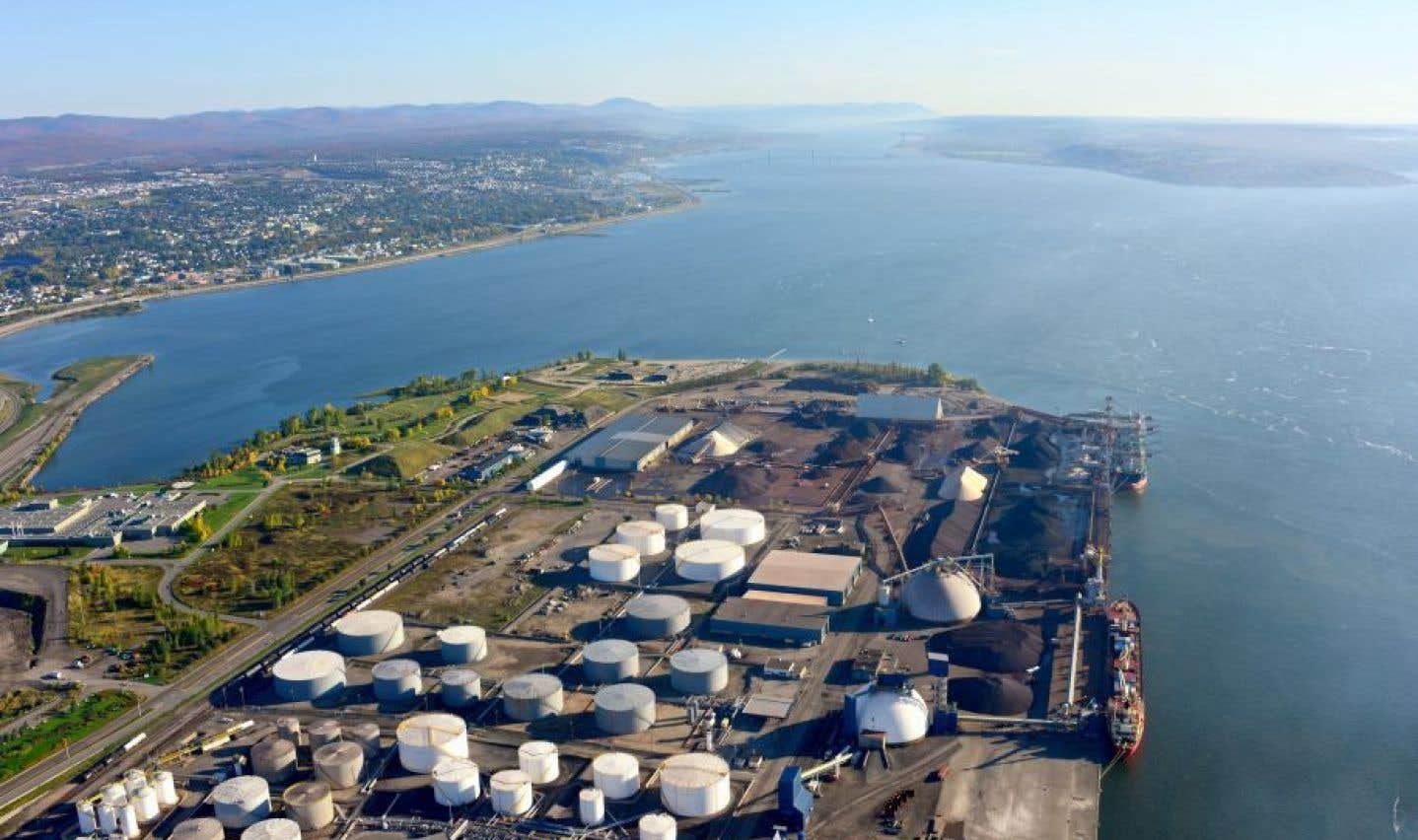 Zones portuaires: Québec veut porter en appel le jugement sur les règles environnementales