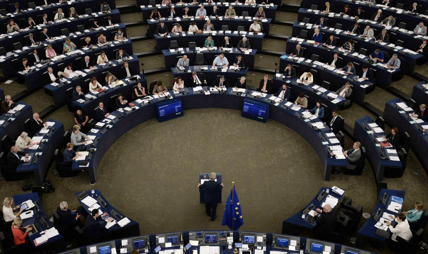 Le «plan Juncker» pourrait augmenter à 630milliards en 2022