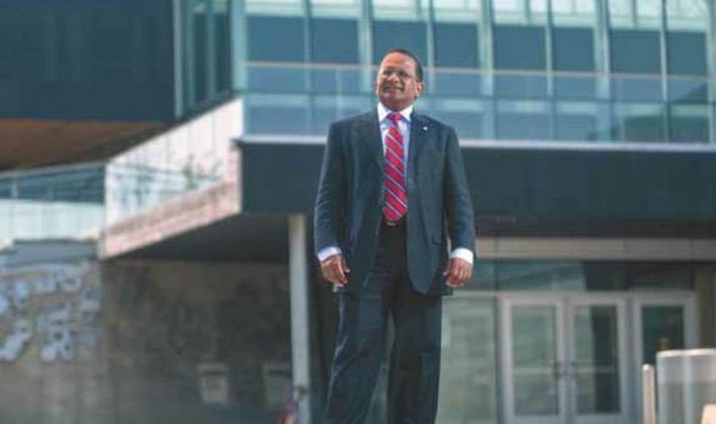 Maire de l'arrondissement depuis 2001, Alan DeSousa ressent un attachement profond pour le Vieux-Saint-Laurent.