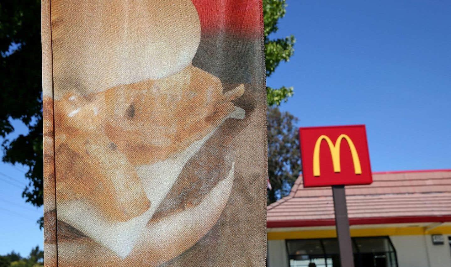L'arrivée de la multinationale du hamburger n'est pas en odeur de sainteté auprès des ecclésiastiques.
