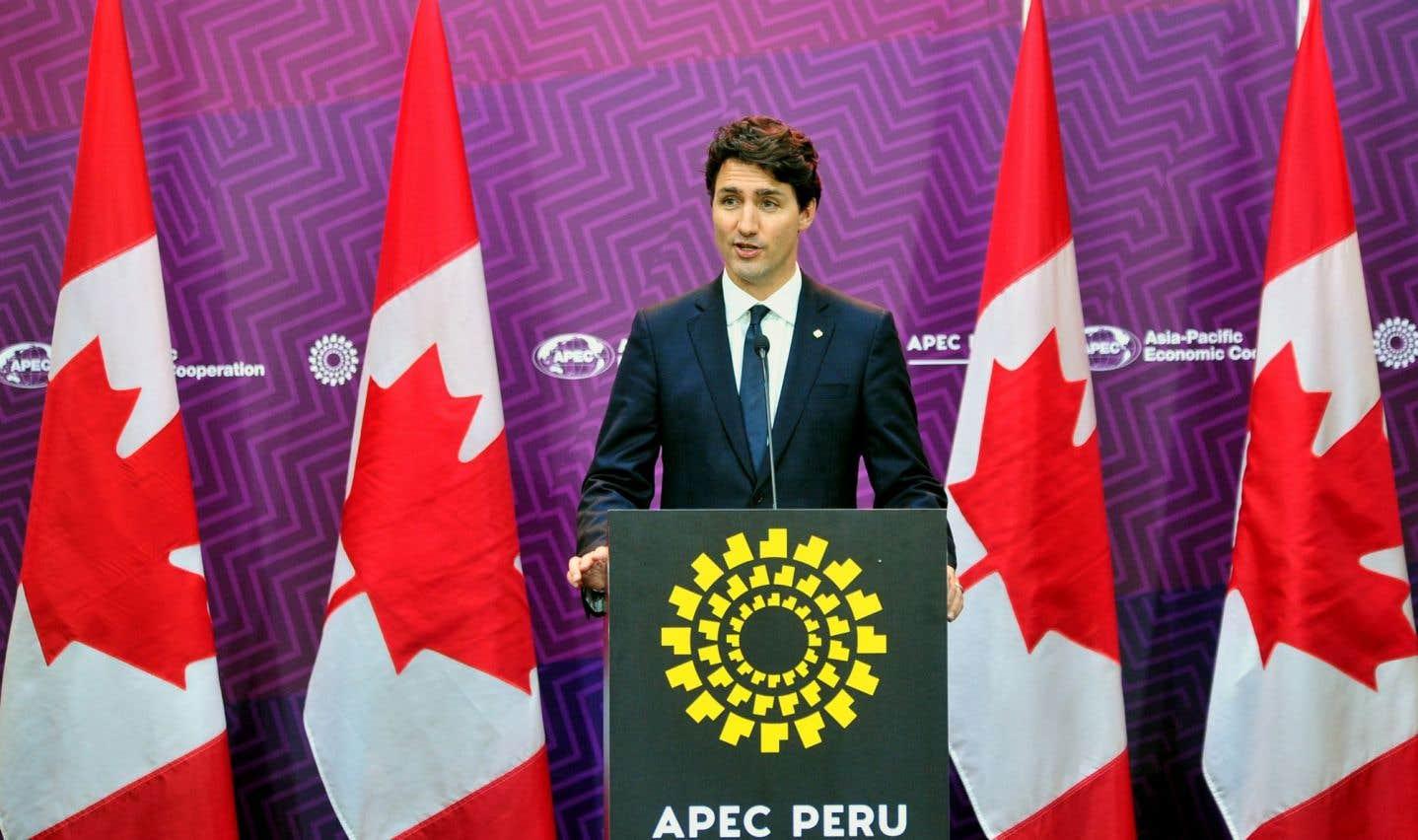 Les clans Trump et Trudeau en discussion pour «éviter une guerre commerciale»