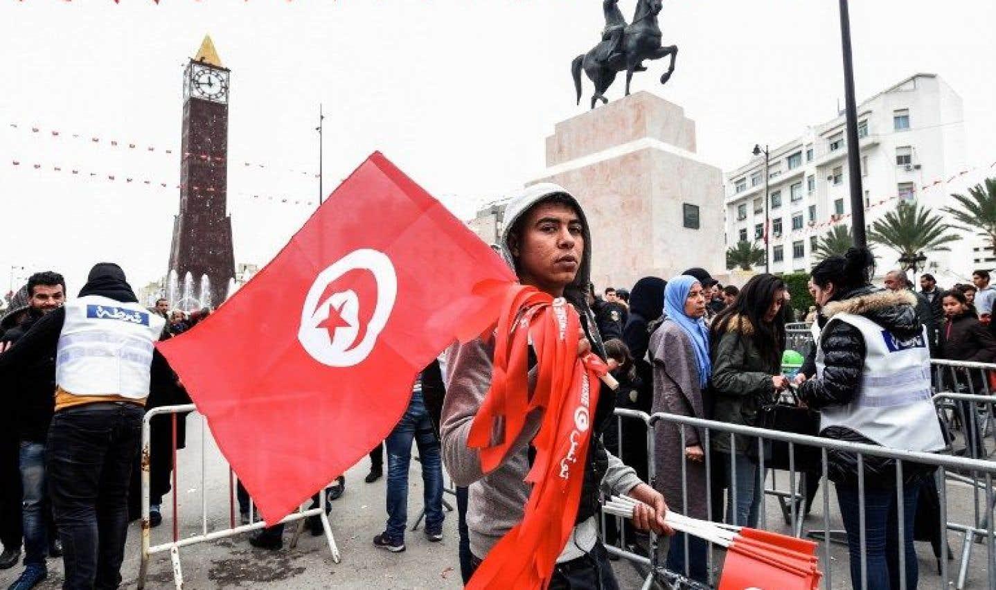 La Tunisie marque les 6 ans de sa révolution sur fond de contestation sociale