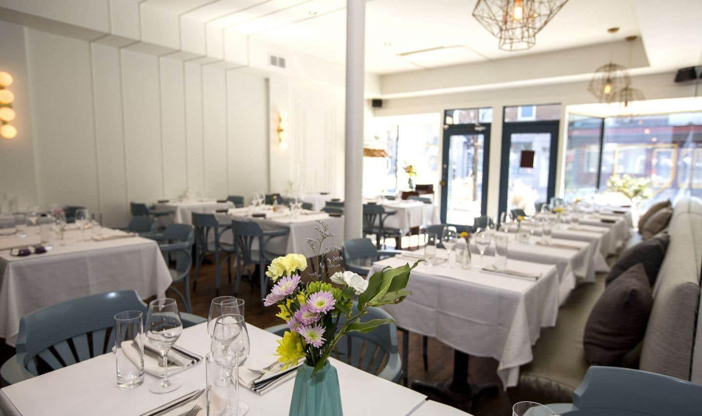 Le décor du restaurant Prince est simple et de bon goût, suffisamment chic pour qu'on s'y sente bien, suffisamment retenu pour qu'on ne craigne pas de s'y faire plumer. Princier, donc, mais proche de nous, le bon peuple.