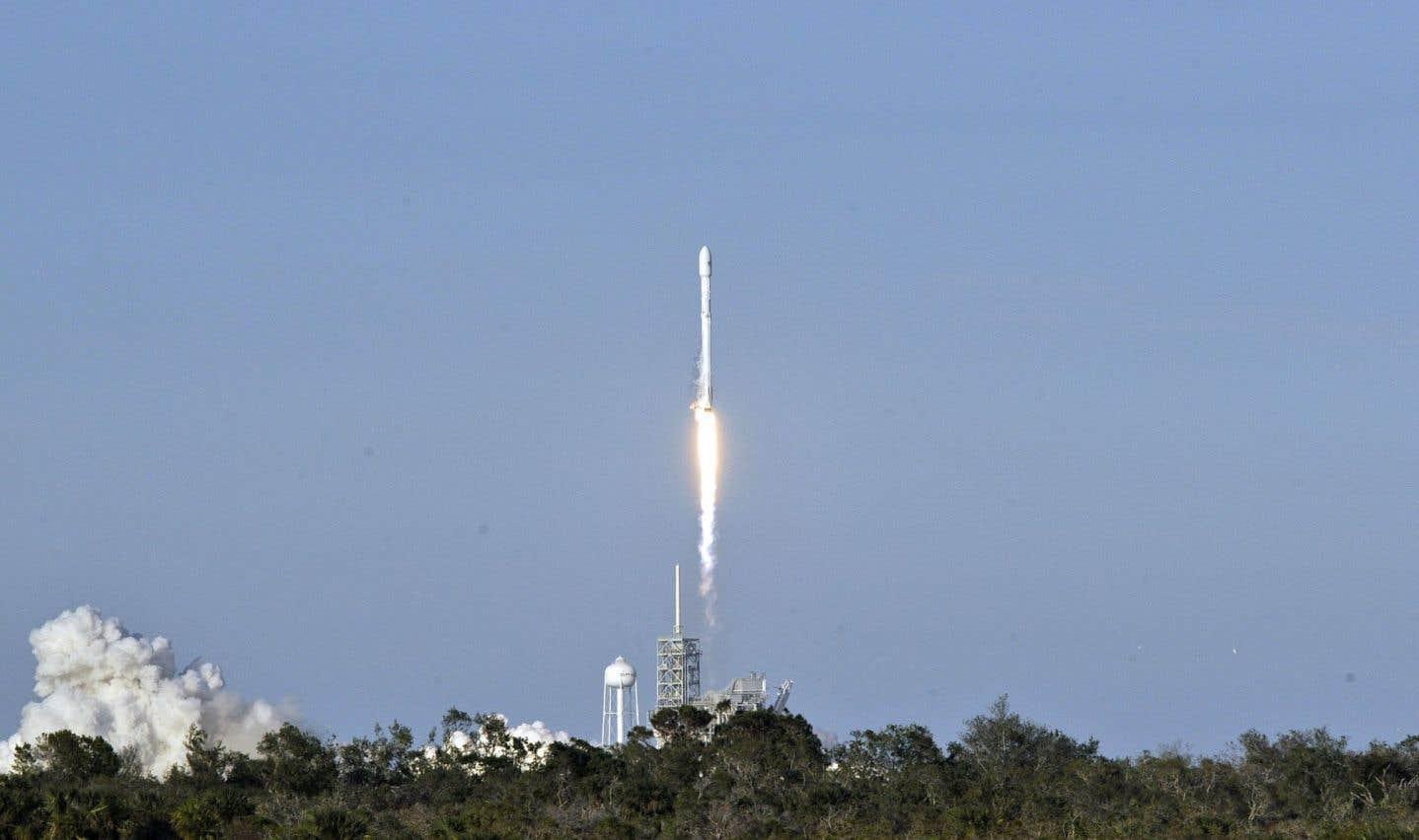 SpaceX lance une fusée avec un premier étage recyclé