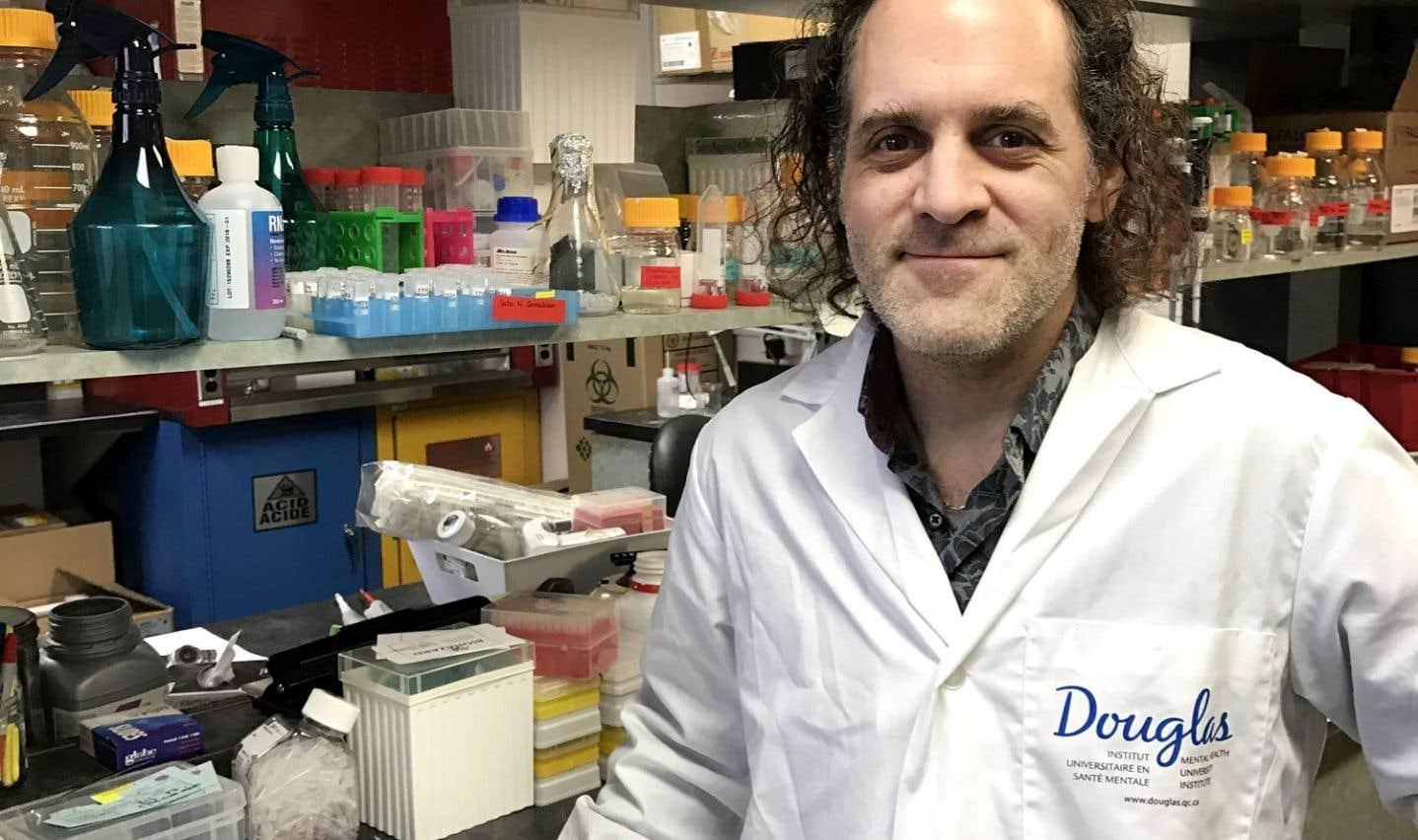 Nicolas Cermakian, directeur du Laboratoire de chronobiologie moléculaire