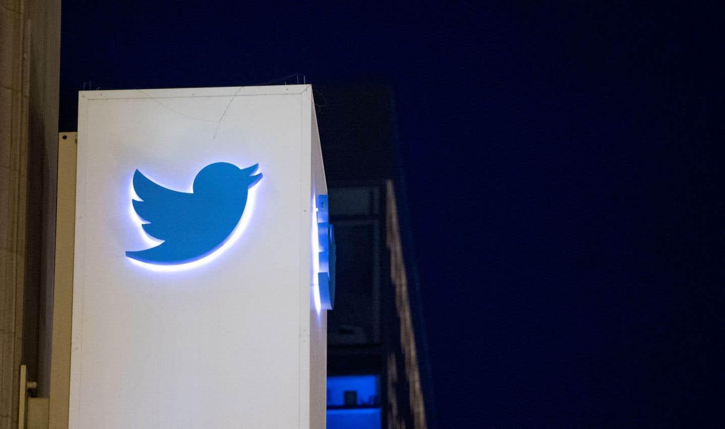 Twitter attaque Washington, qui réclame l'identité d'un utilisateur