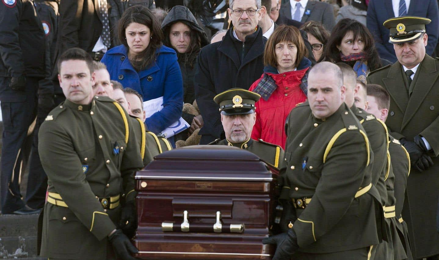Mort du policier Leroux: «lacunes» et manque de ressources