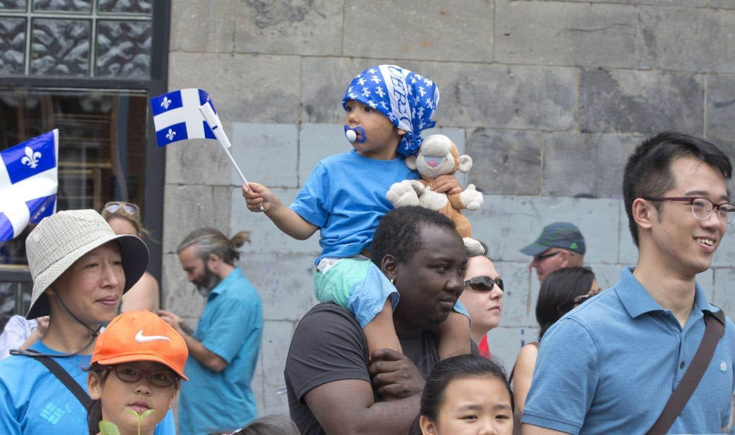 On remarque que la question de l'indépendance du Québec est en suspens depuis quelques années déjà, et les combats qui lui étaient autrefois associés tombent dans l'oubli.