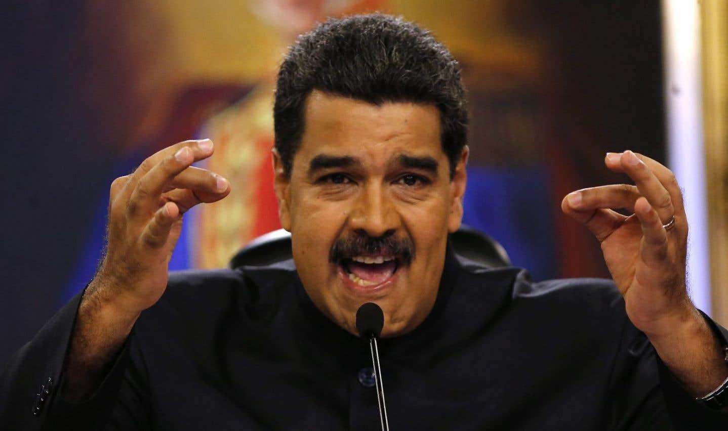 Maduro crie à la tentative de coup d'État