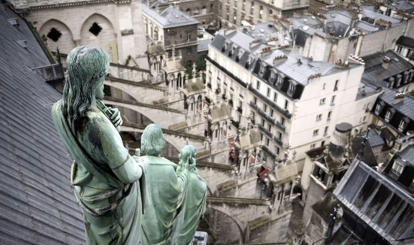 Il faut, au bas mot, 100millions d'euros (150millions $CAN) sur 20ans pour assumer les travaux que nécessite la cathédrale Notre-Dame de Paris.