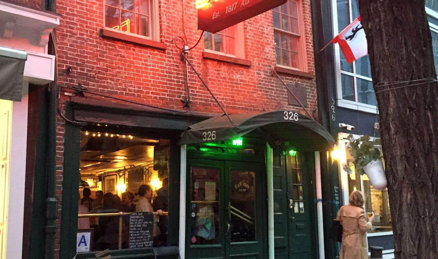 The Ear Inn, le temps d'un burger dans le plus vieux bar de New York