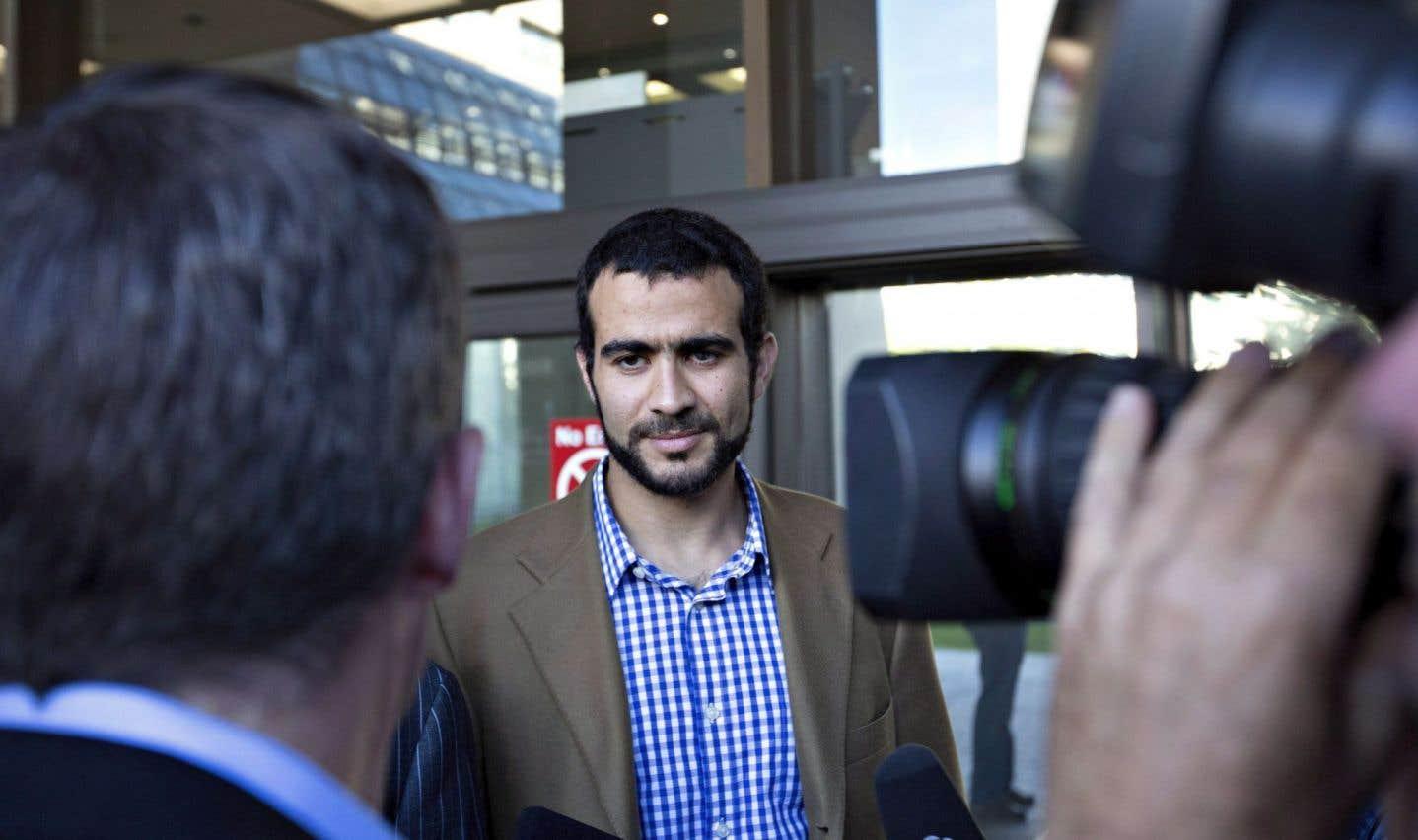La veuve d'un soldat américain demandera jeudi une injonction contre Omar Khadr