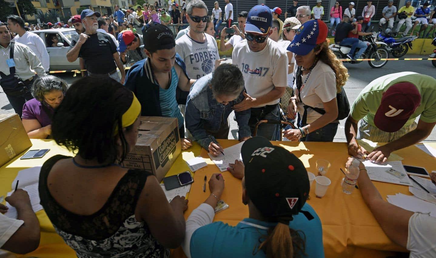 Aux urnes contre la Constituante de Maduro