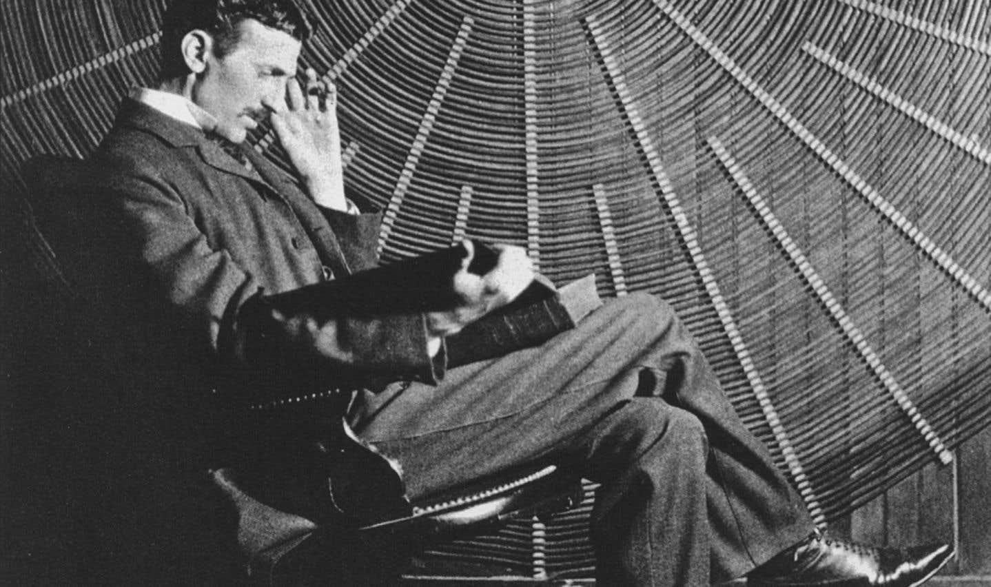 En 1928, l'homme de science Nikola Tesla a affirmé qu'aucune fusée n'atteindra jamais la lune.
