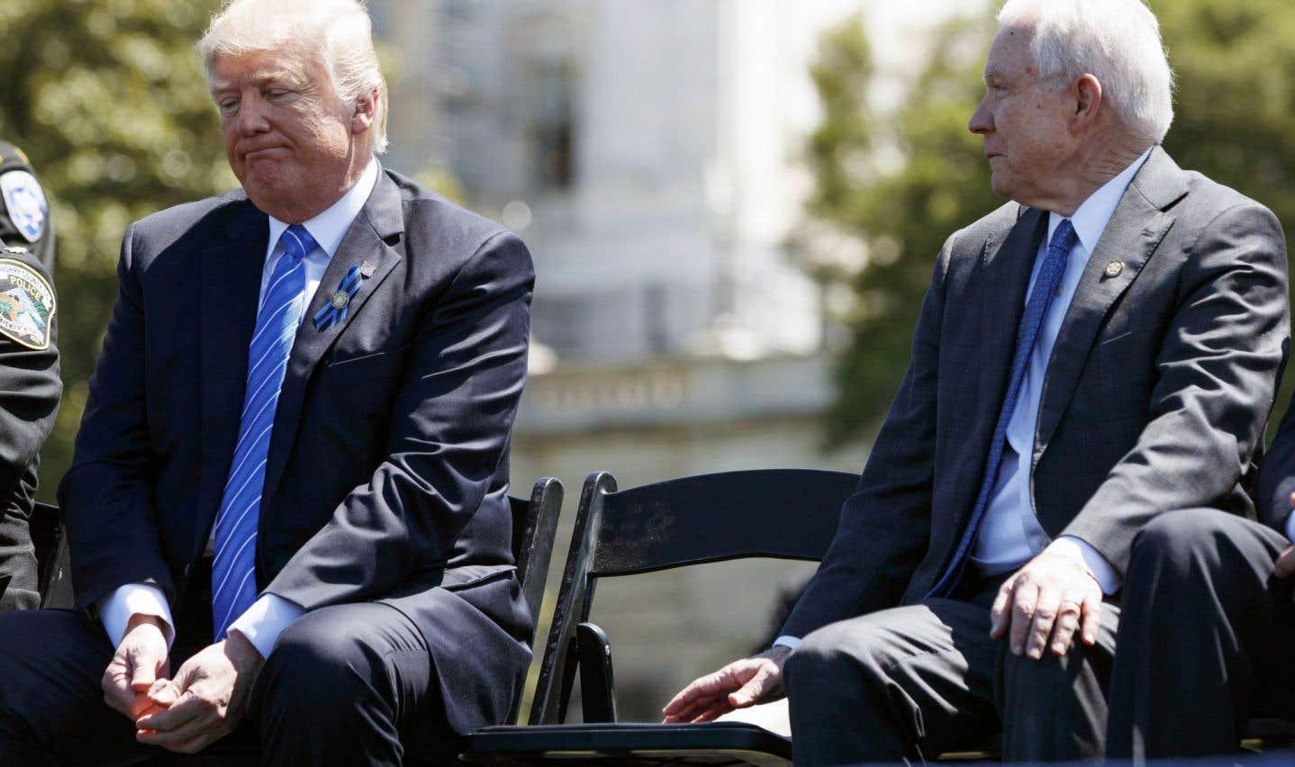 Le sort du ministre américain Jeff Sessions semble scellé