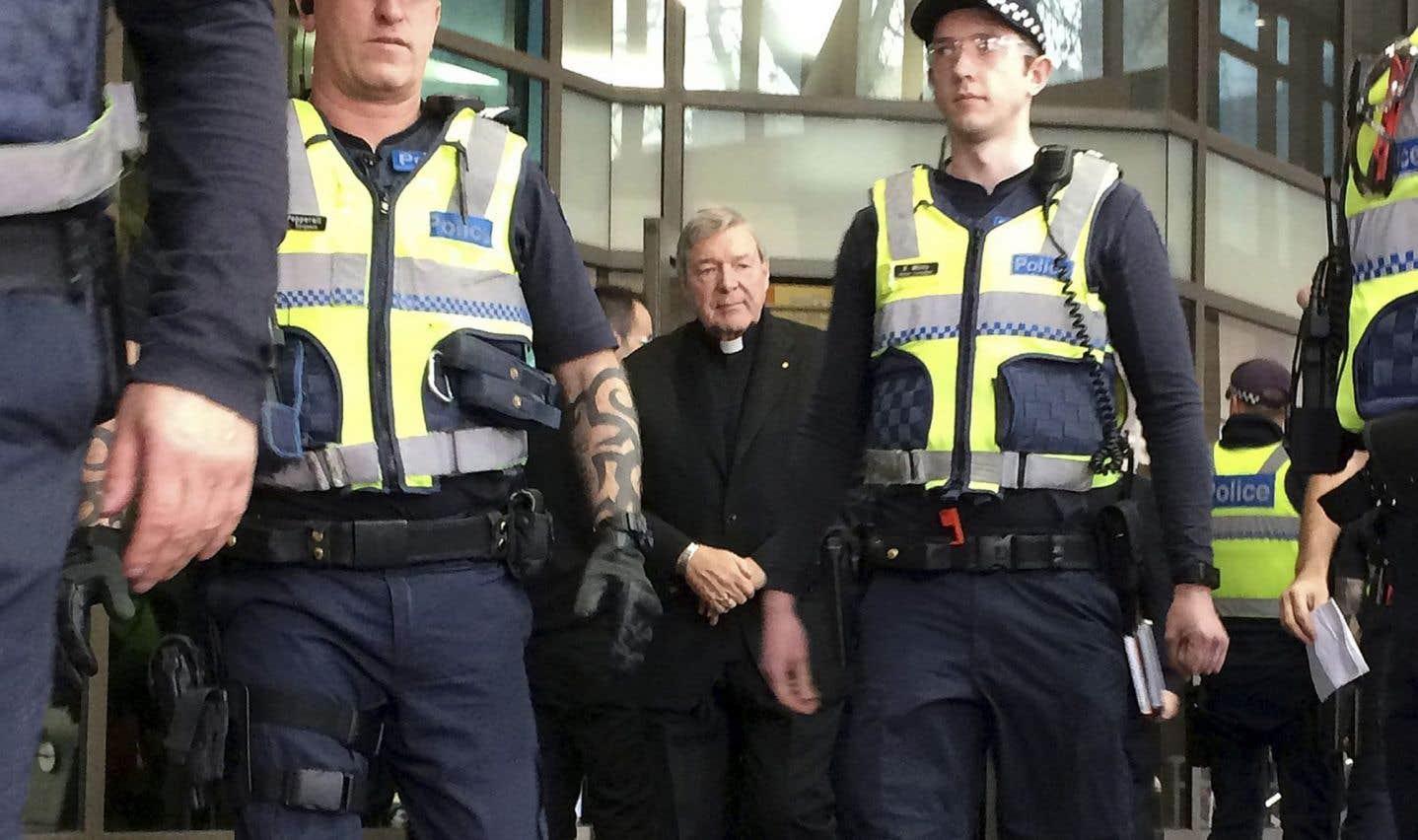L'argentier du Vatican comparait en Australie pour agressions sexuelles