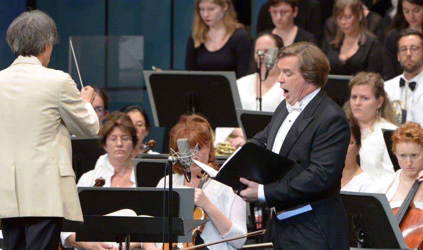 Jean-Francois Lapointe pendant l'Hostias du «Requiem» de Fauré