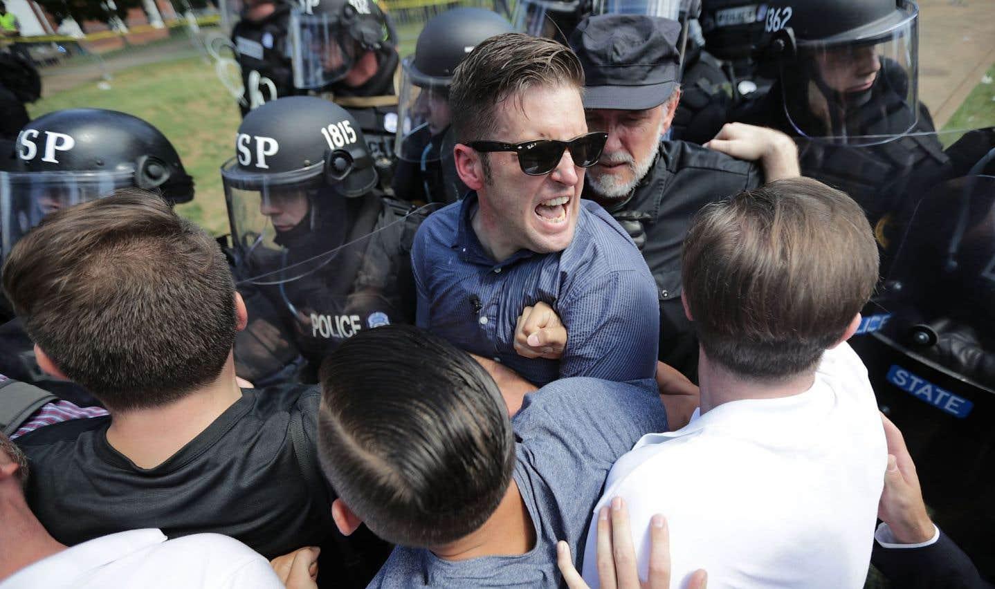 Liberté d'expression — Est-ce correct de frapper un nazi?