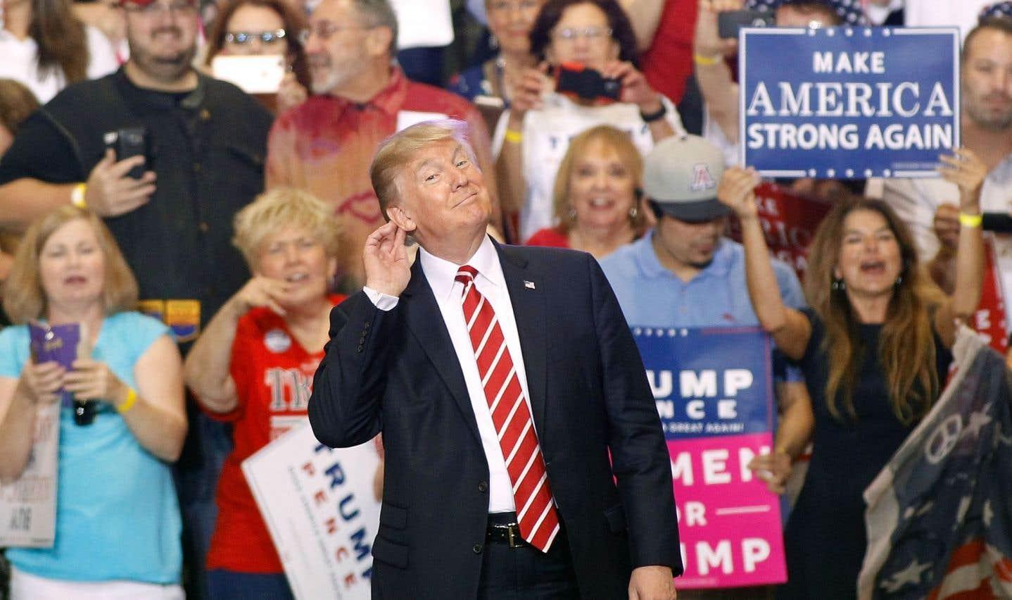 Le président Donald Trump lors d'un rassemblement au Phoenix Convention Center le 22 août 2017 à Phoenix, en Arizona
