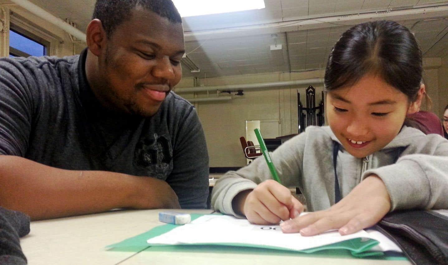 Collège Frontière: changer le monde, un mot à la fois