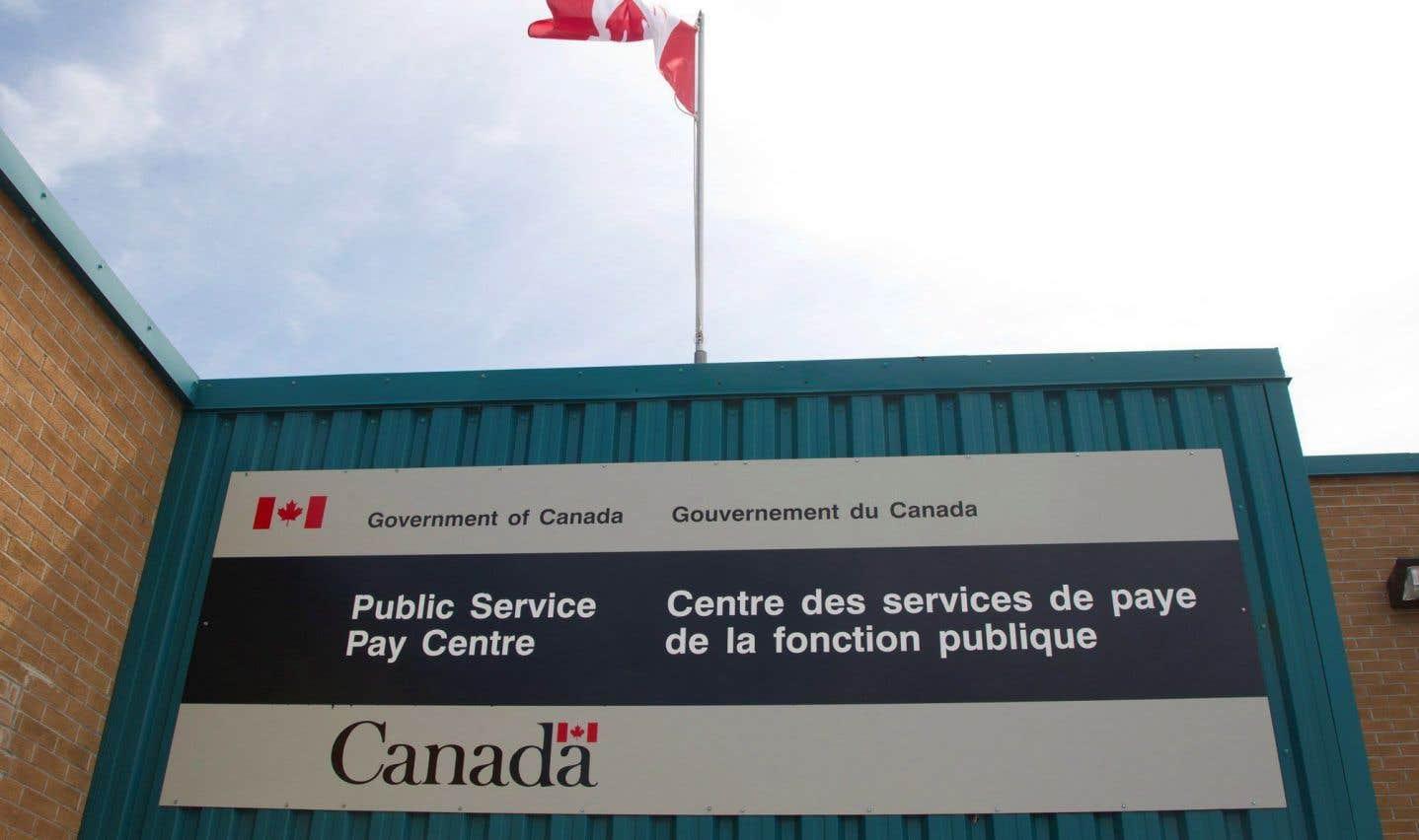 Ottawa manque de ressources pour régler les problèmes du système de paye Phénix, croit l'AFPC