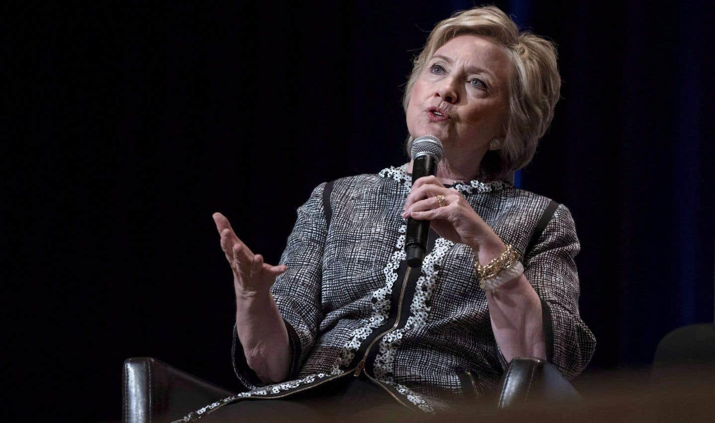 Hillary Clinton éreinte Bernie Sanders dans son nouveau livre