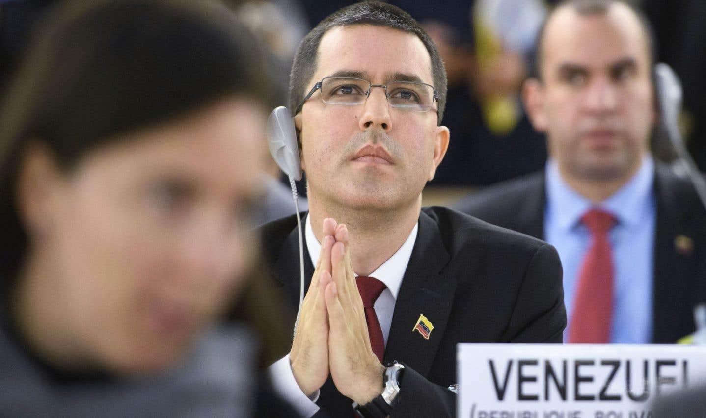 Le chef de la diplomatie du Venezuela, Jorge Arreaza Montserrat, a balayé les critiques et dénoncé les sanctions contre son pays.
