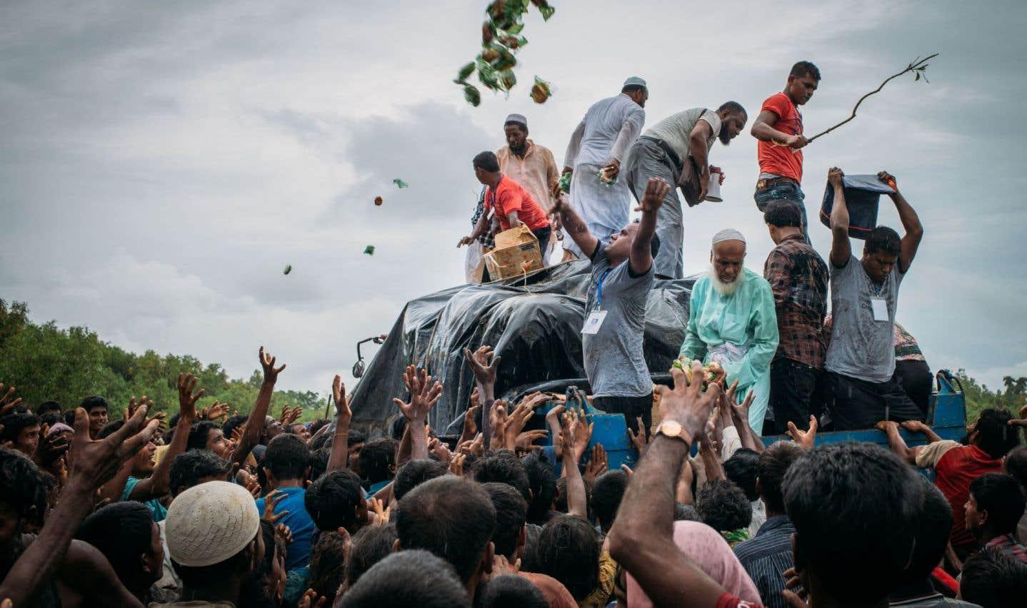 Les Bangladais solidaires envers les Rohingyas, malgré la pauvreté