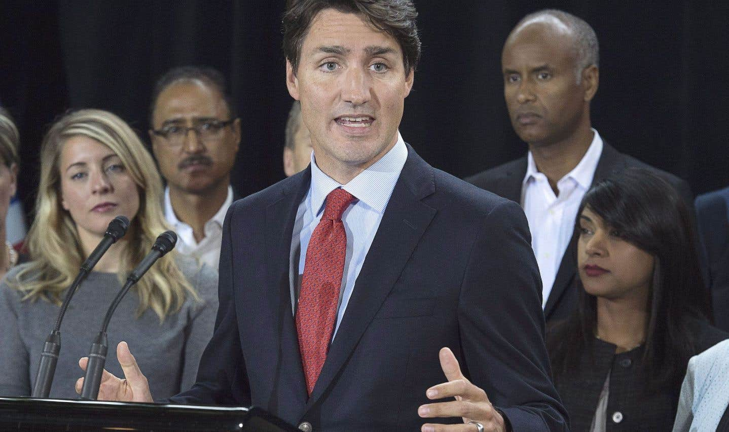 Les vacances de Trudeau chez l'Aga Khan suscitent de nouvelles questions