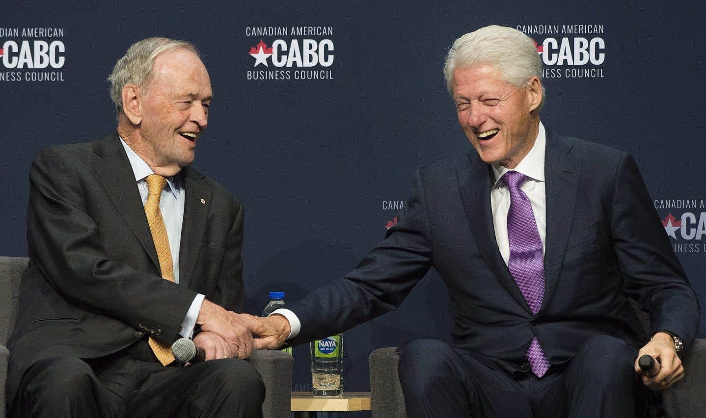 Bill Clinton loue l'ALÉNA lors d'une conversation avec Jean Chrétien à Montréal
