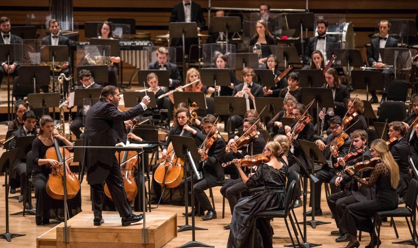 L'Orchestre du Conservatoire et Jean-Marie Zeitouni sous les ovations de Vasily Petrenko