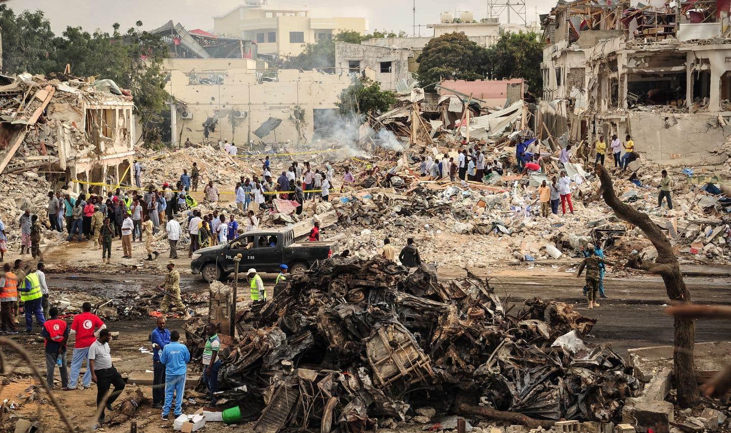 Le bilan des deux attaques au camion piégé perpétrées samedi à Mogadiscio, en Somalie, s'est élevé dimanche à 276 morts et plus de 300 blessés.