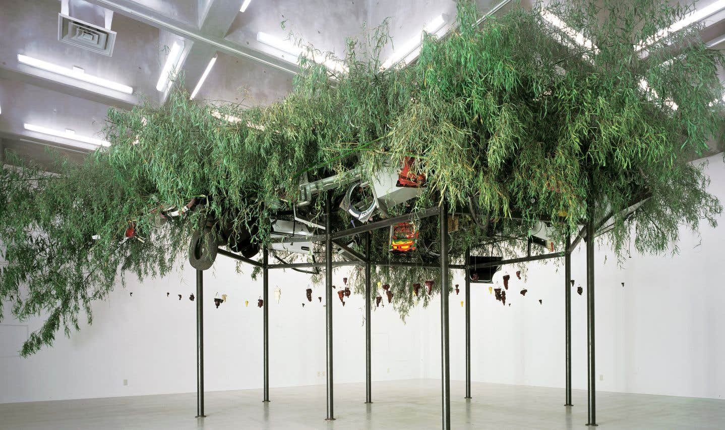 Chen Zhen, Fu Dao/Fu Dao, «Upside-Down Buddha/Arrival at Good Fortune», 1997.