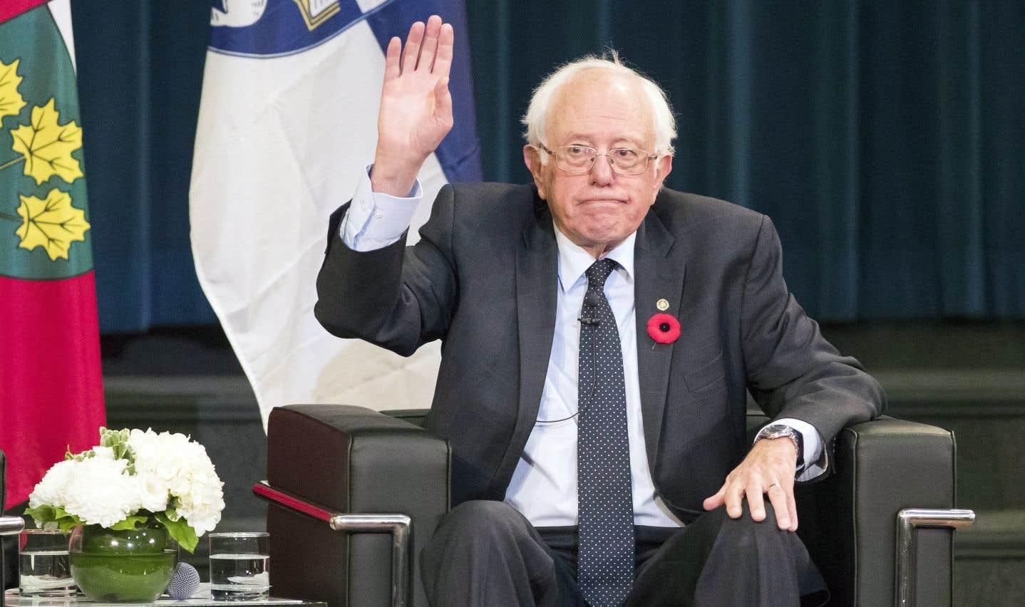 Bernie Sanders a vanté le système de santé canadien en visite à Toronto