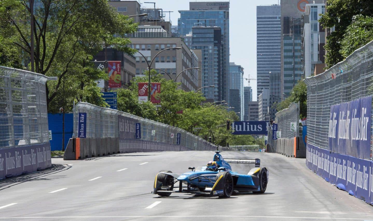 Ce n'est pas parce que Denis Coderre a lamentablement échoué dans sa gestion de la Formule électrique qu'il faut reléguer cet événement au circuit Gilles-Villeneuve, estime l'auteur.