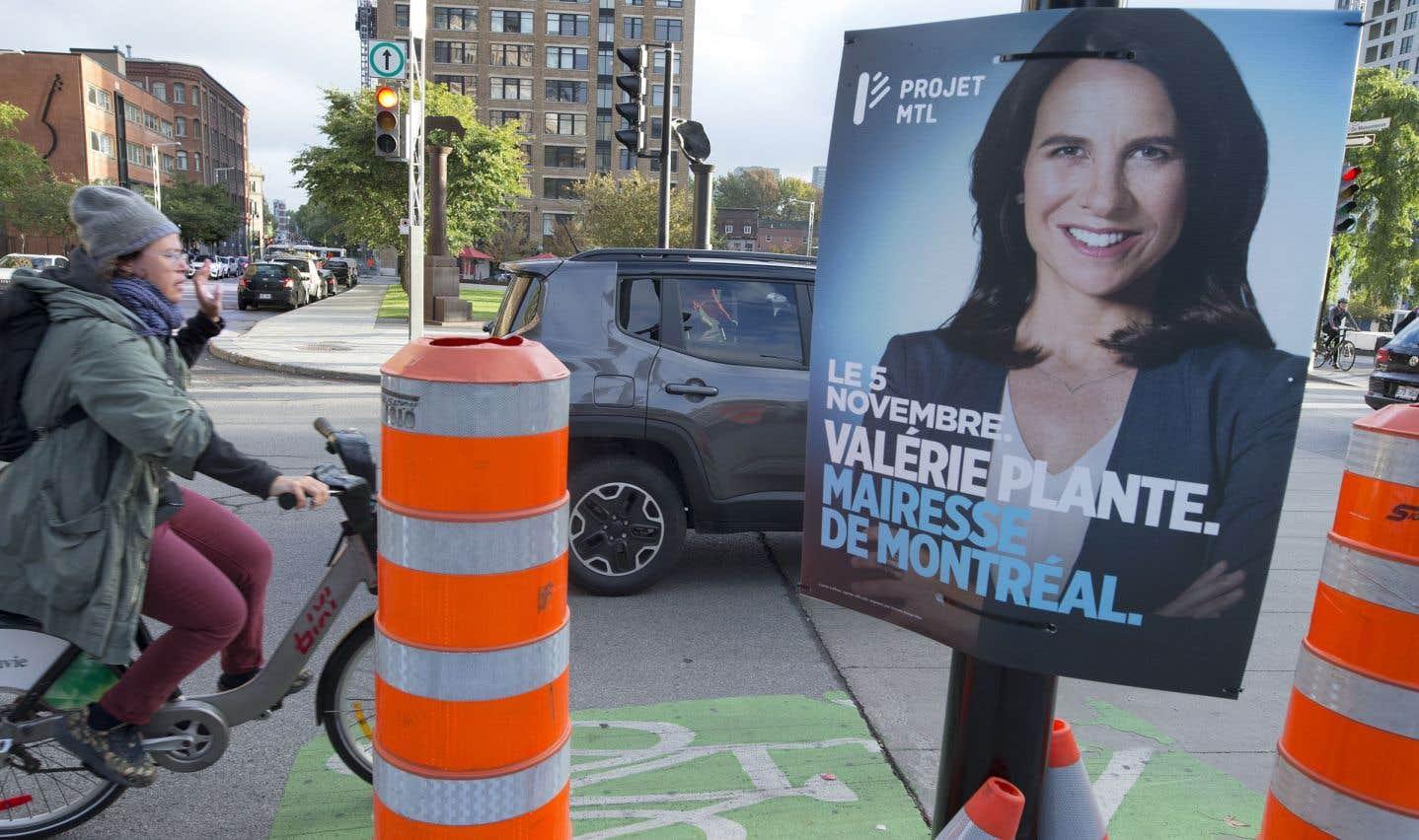 Réseau de voies sécurisées pour vélo, construction de la ligne rose du métro, ajout de 300 autobus hybrides: Valérie Plante s'est engagée à élargir l'offre de transports aux Montréalais.